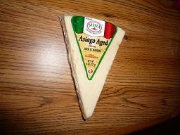 カリフォルニアチーズ、Asiago aged cheese